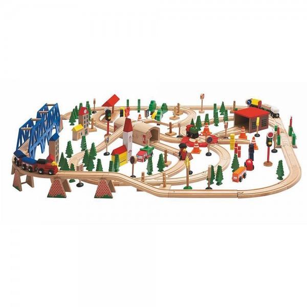 Влакче с релси в дървена кутия - 170 части